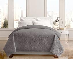 Regal Home Collections English Manor Lacey Pinsonic Quilt  -