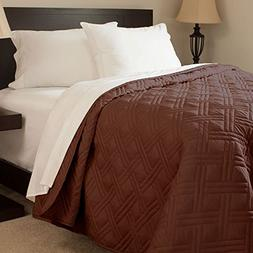 Lavish Home Solid Color Bed Quilt, Full/Queen, Chocolate
