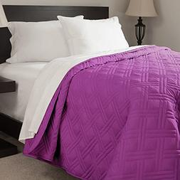 Lavish Home Solid Color Bed Quilt, Full/Queen, Purple